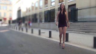 sucer des inconnus en pleine rue